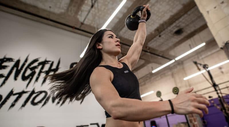 Shoulder-Exercises Kettlebell Swing